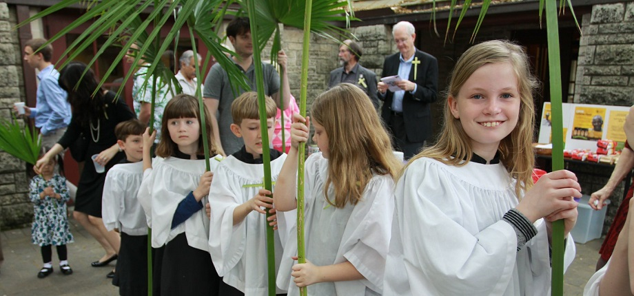 ELCA members celebrate Palm Sunday